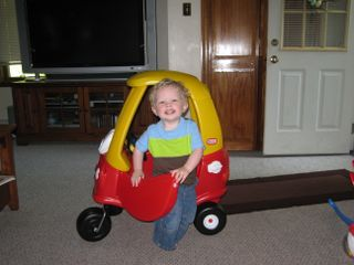 Cozy coupe 009