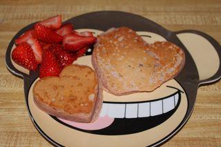 Monkey love pancakes