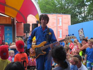 Imagination Movers at Sesame 048