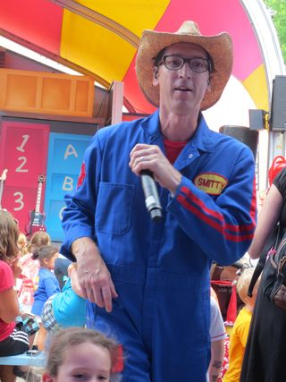 Imagination Movers at Sesame 050