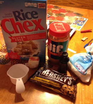 ingredients for Muddy Buddies